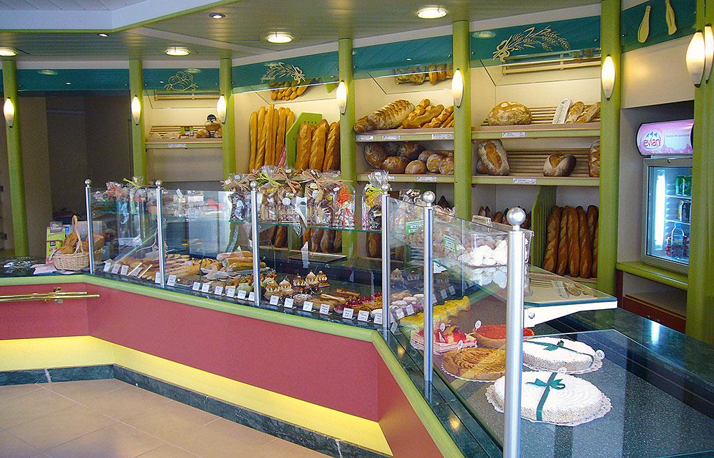 Deco vitrine boulangerie - Decoration boulangerie patisserie ...