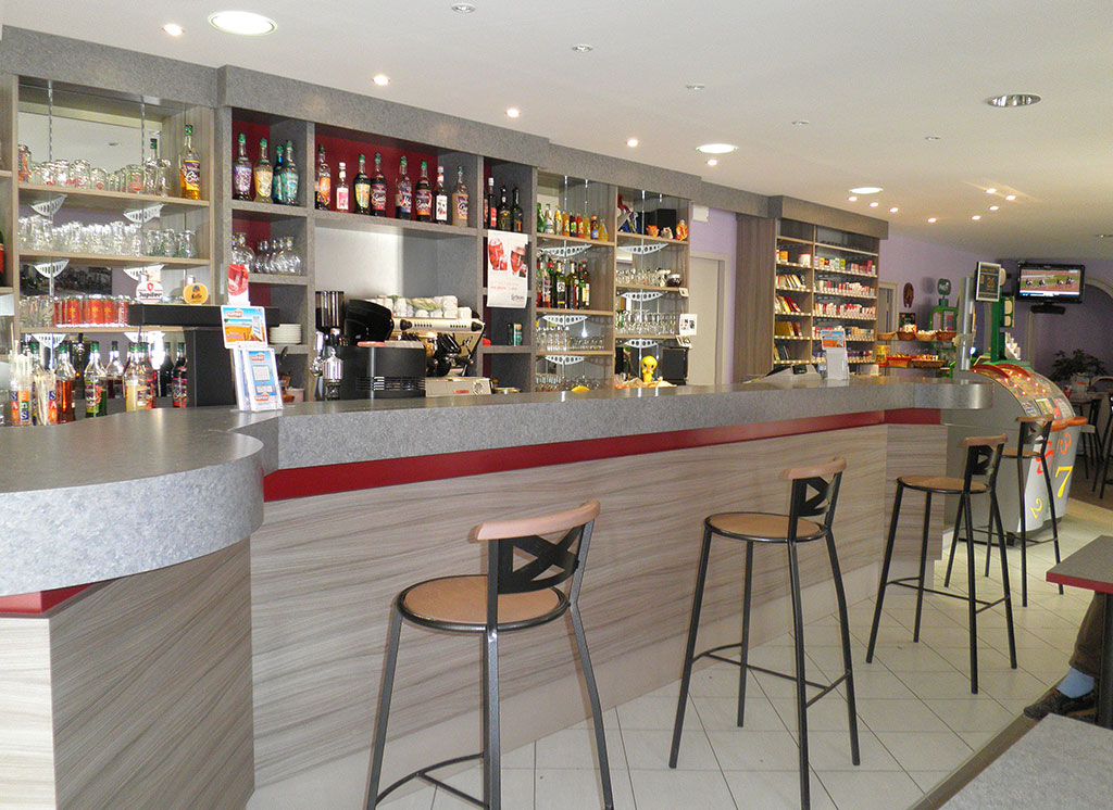 Mourot agencement bar restaurant h tel for Amenagement bar cuisine
